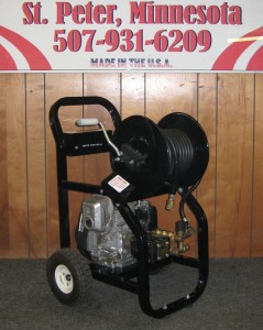 2000 PSI 3 GPM Gas Cold Cart With Reel - Black Honda Motor